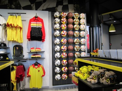 Vicarage_Road_Shop